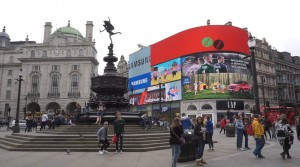 Cinemagraph in Piccadilly, London